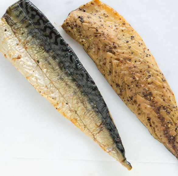 Sutherlands of Portsoy Hot Smoked Peppered Mackerel 270g
