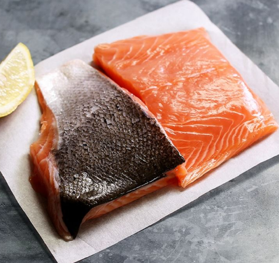 Sutherlands of Portsoy Salmon (2 portions)