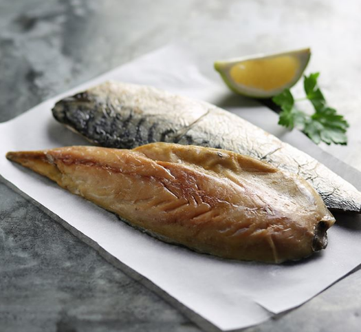 Sutherlands of Portsoy Hot Smoked Mackerel 270g