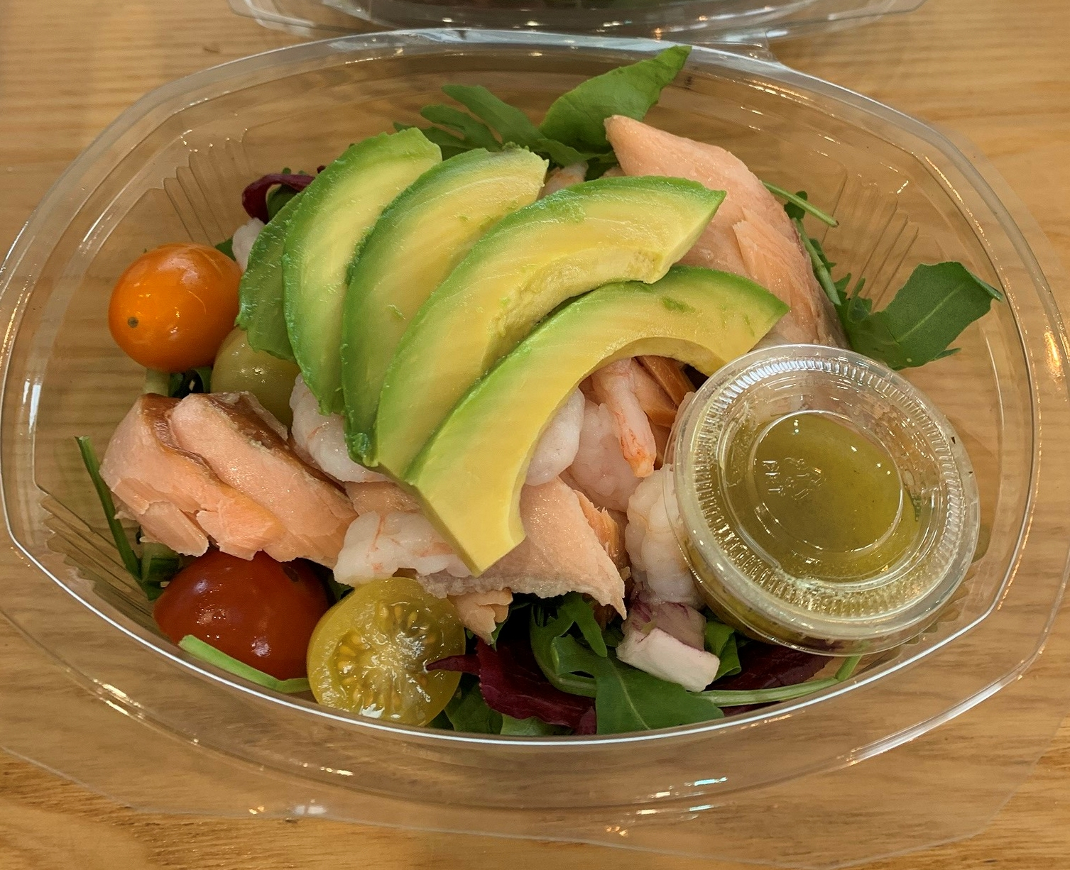 Hot Smoked Salmon, Prawn & Avocado Salad with Lemon & Dill Dressing for 1